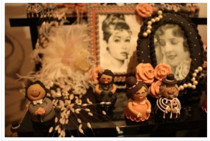 Postres y Figuras de los novios para la boda. Imagen Boutique de Tres