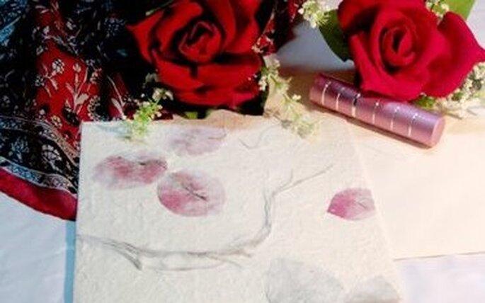 Invitaciones de boda rojas, el color del amor