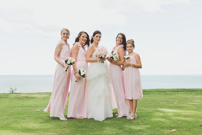 Madrinas con vestidos similares. Foto: Avangard Photography