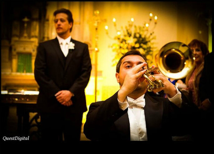 La música hace toda la diferencia en la boda. Foto de Coral del Chiaro
