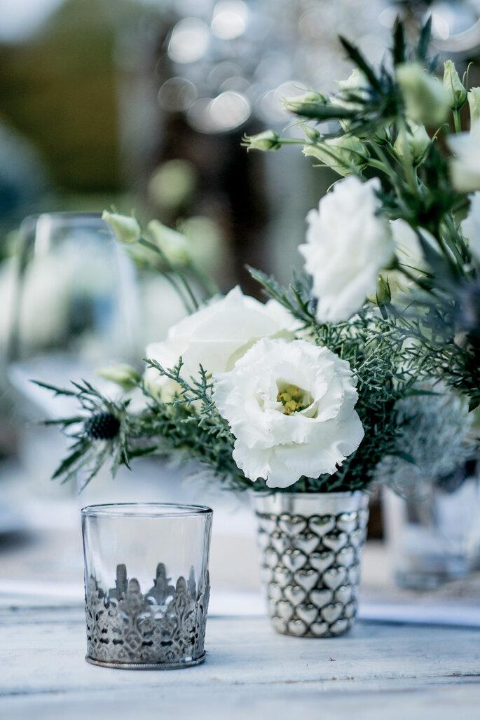 Tischdekoration Silber und Weiß Winterhochzeit