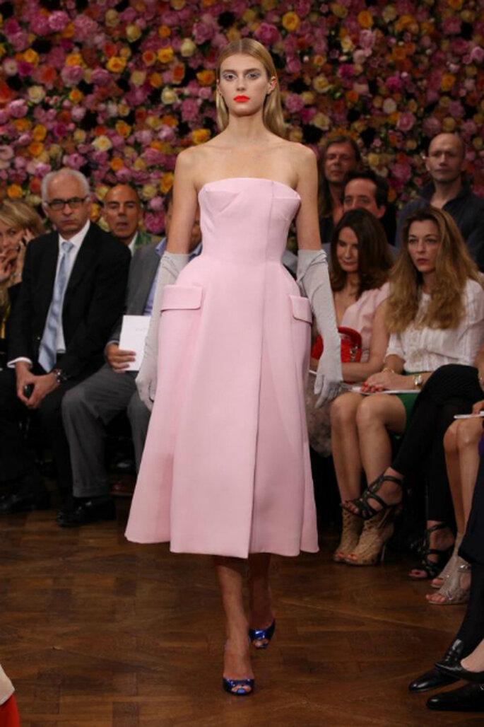 Moderne Bräute heiraten in Farbe – wie etwa mir diesem Kleid von Dior – Foto:Dior via facebook