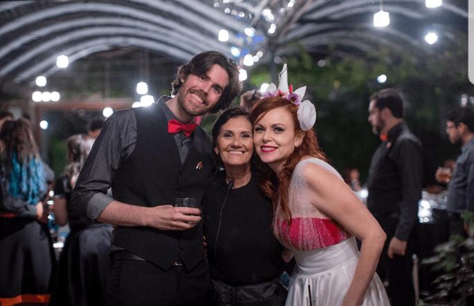 Ana Gavinho com os noivos.