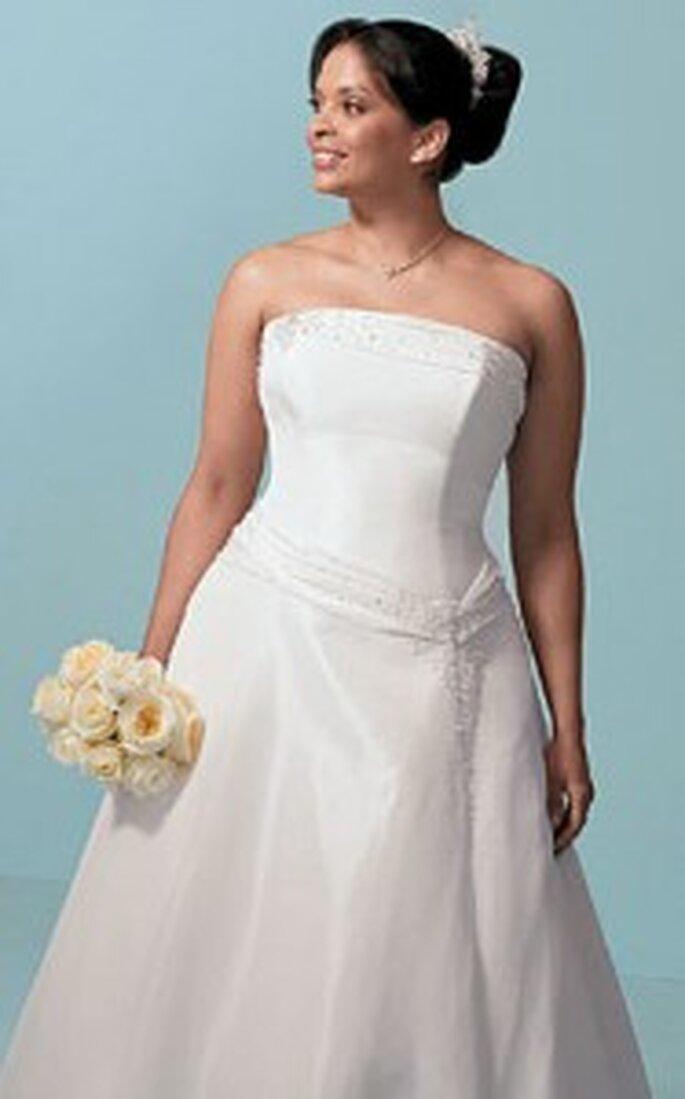 Toda novia es bella, elegir el atuendo indicado acentuará tus cualidades