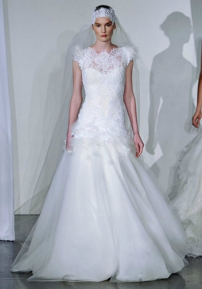 Pizzo e chiffon per questo abito Marchesa Fall 2013 Bridal Collection. Foto: www.marchesa.com