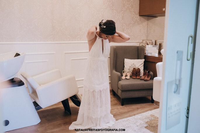 Vestido: Idealizado pela noiva | Foto: Natalia Freitas