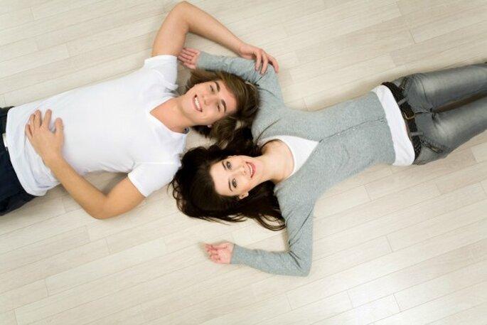 Freundschaft ist die beste Voraussetzung für eine erfüllte Ehe – Foto: shutterstock