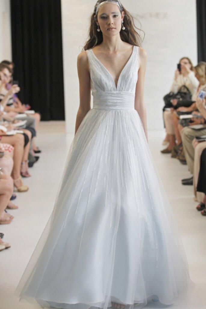 Vestido de novia color azul claro - Foto Angel Sanchez 2013