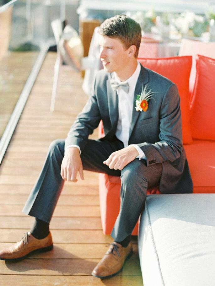 8 accesorios en tendencia para que tu novio luzca guapo en la boda - Lavender & Twine