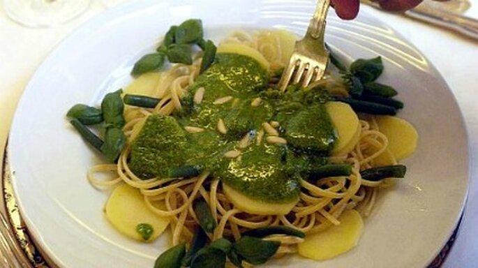 Cocina deliciosos platos bajos de calorías y pierde peso para la boda
