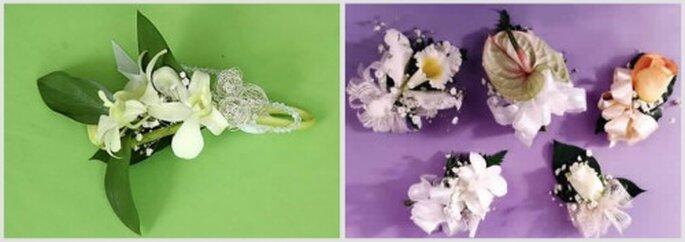 Gallardetes con orquideas y flores blancas. Fotos: Hojas Blancas