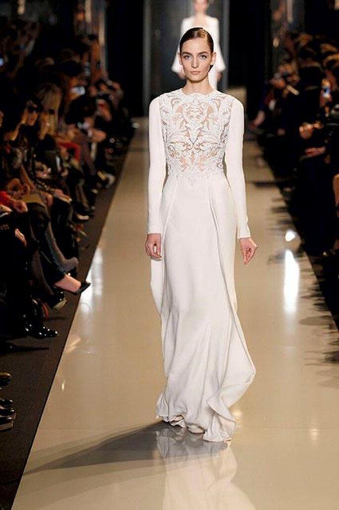 Vestido de gala en color blanco para una boda en 2013 - Foto Elie Saab 2013