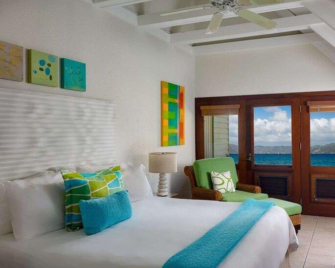 Hotel com TM Travel