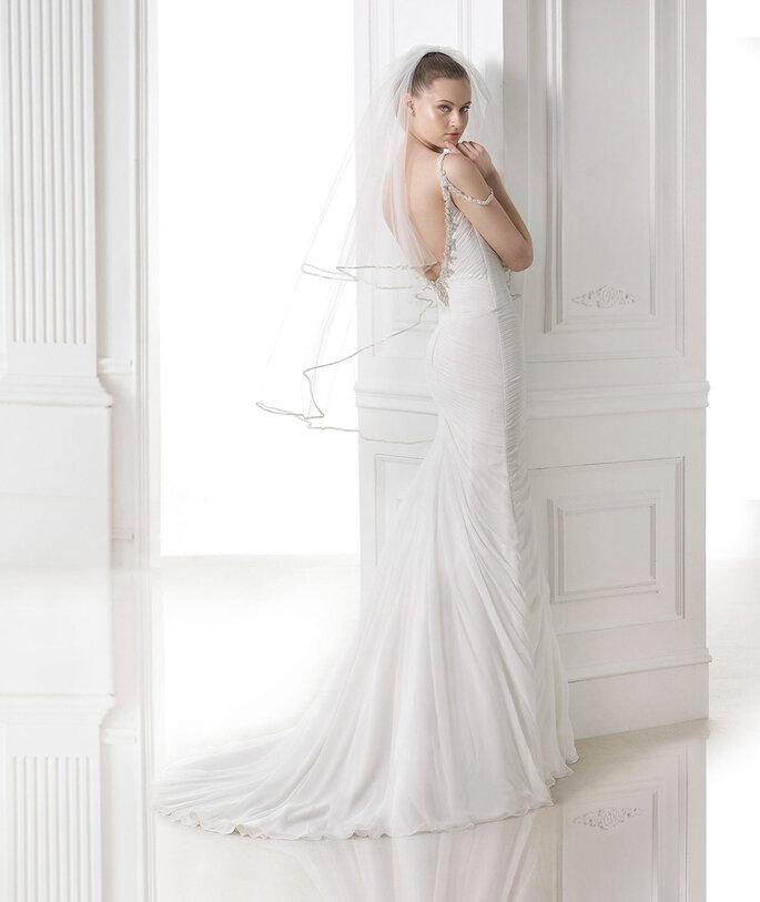 Abito da sposa con velo corto - Foto: Pronovias 2015