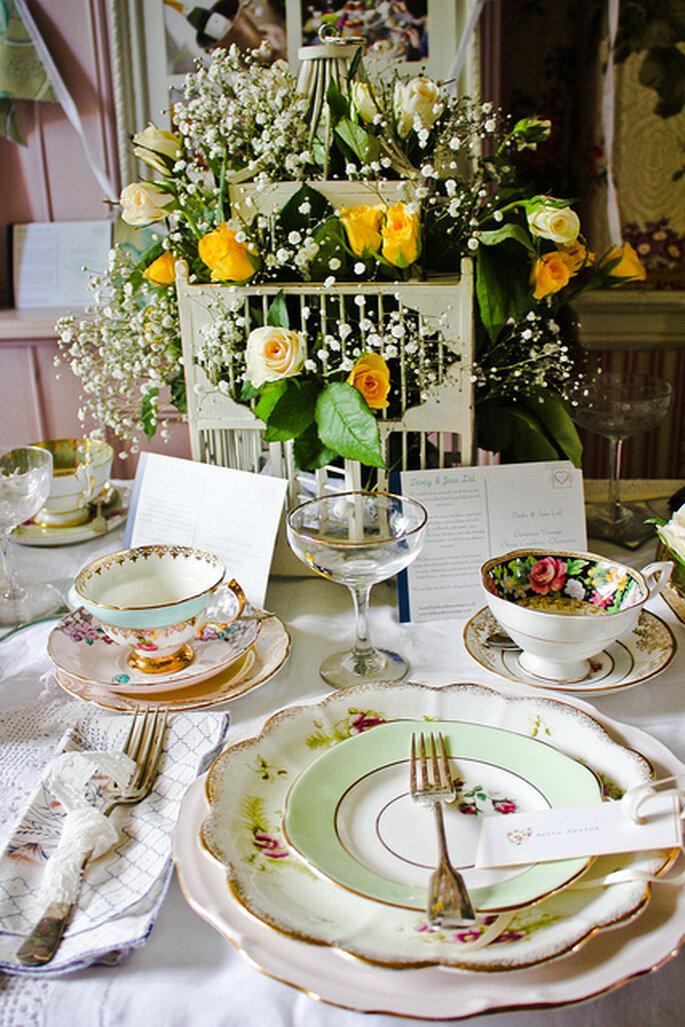 Arreglo vintage en las mesas. Foto: Keith Bloomfield