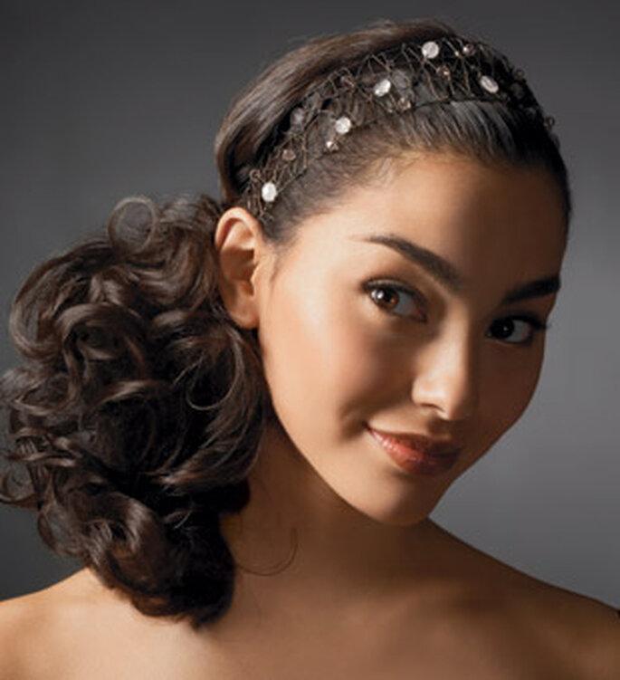 Peinado juvenil semirecogido