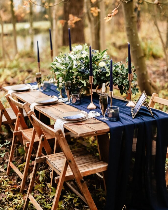 mesa rústica casamento campo classic blue cor pantone 2020
