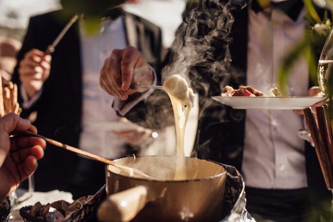 Plat original servi pour un mariage : une fondue