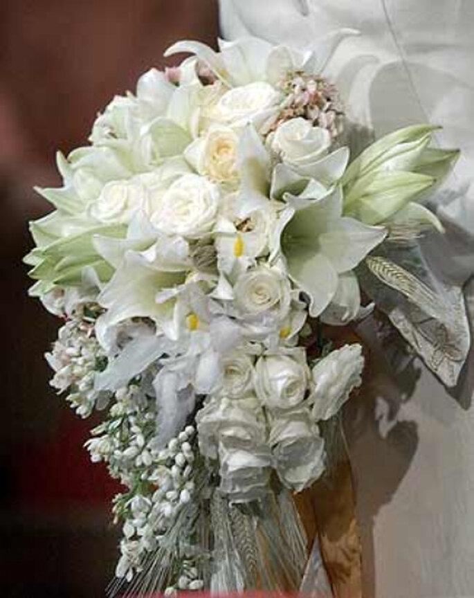 Bouquet de mariée blanc. - Source : www.bodas.net