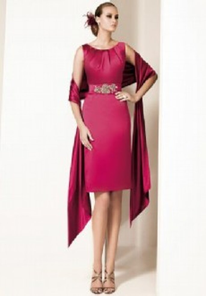 Colección de vestidos de cóctel cortos Pronovias 2011