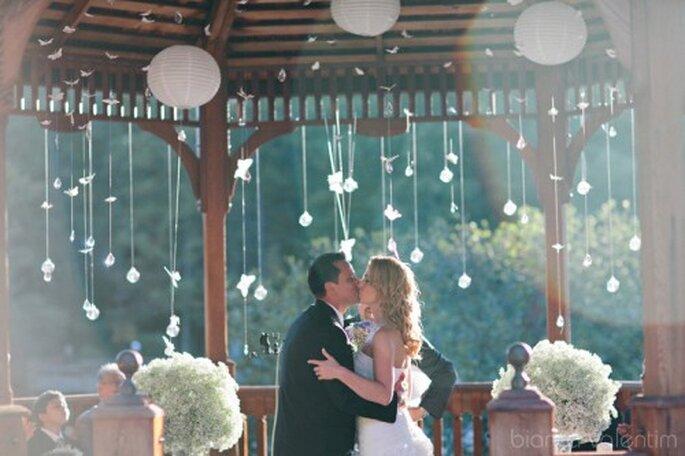 Decoración para bodas con flores. Foto de Bianca Valentim.
