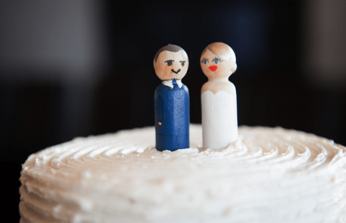 Muñecos originales para el pastel de bodas - Foto Heather Bayles Photography
