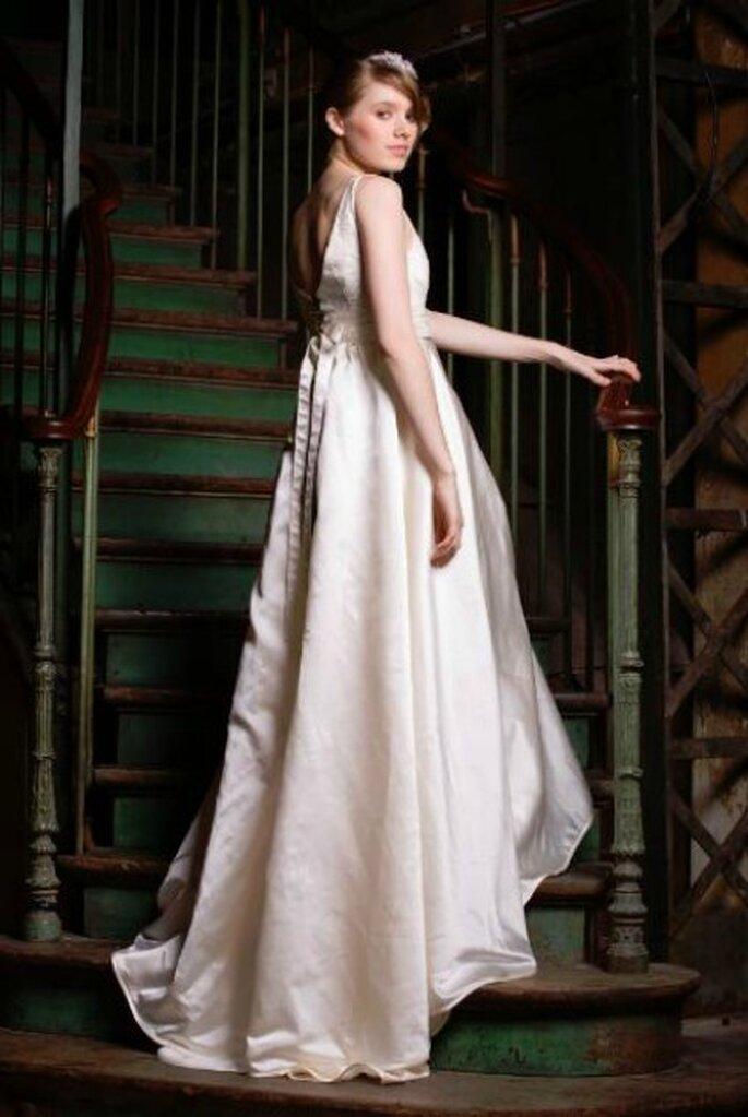 Robe de mariée Zélia sur la Terre comme au Ciel, modèle Madison