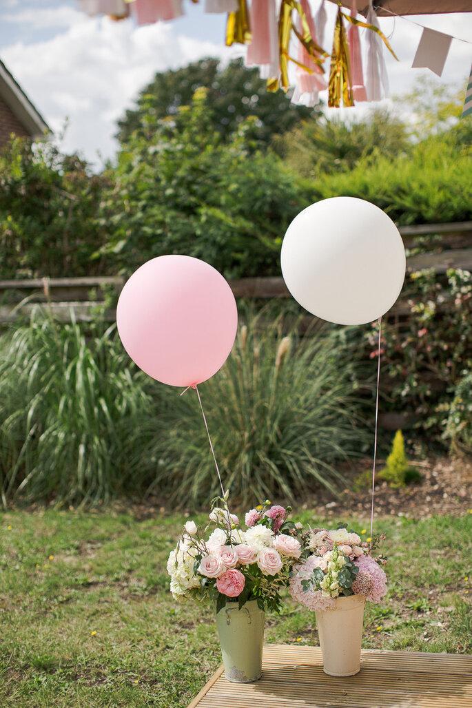 Globos para decorar tu boda - Marianne Taylor Photography