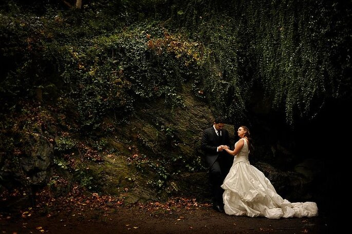 Los bosques son otro lugar mágico para un trash the dress. Foto de Daniel Aguilar