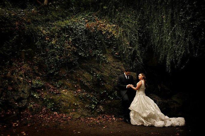 Los bosques son otro lugar mágico para un trash the dress. Foto de Daniel Aguilar