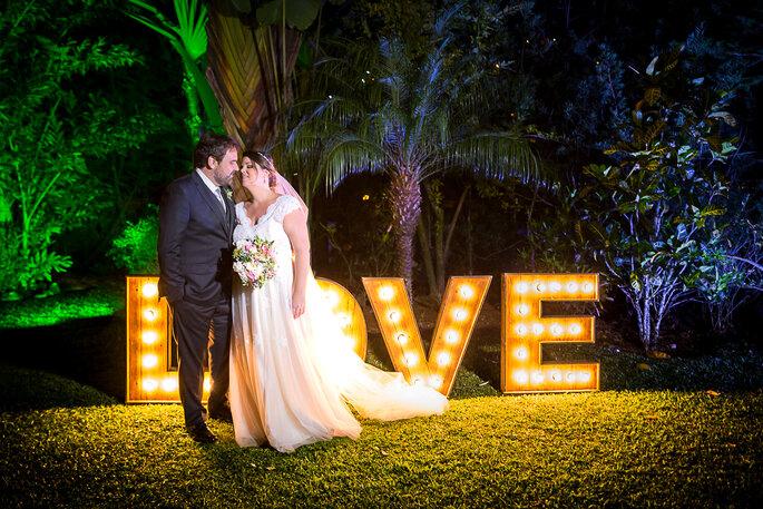 letreiro luminoso casamento