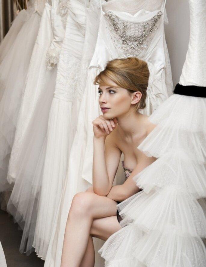 Une fois la robe de mariée achetée, les questions surgissent... - (C) Ana Quasoar