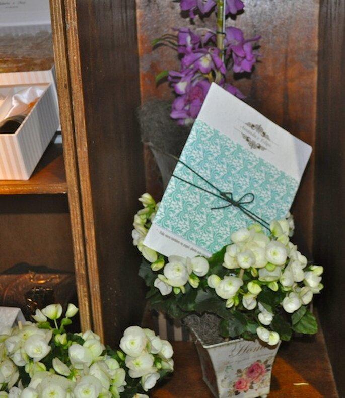 De um convite nasce uma flor! Convites de Casamento Eco Papel da Paper & Estilo