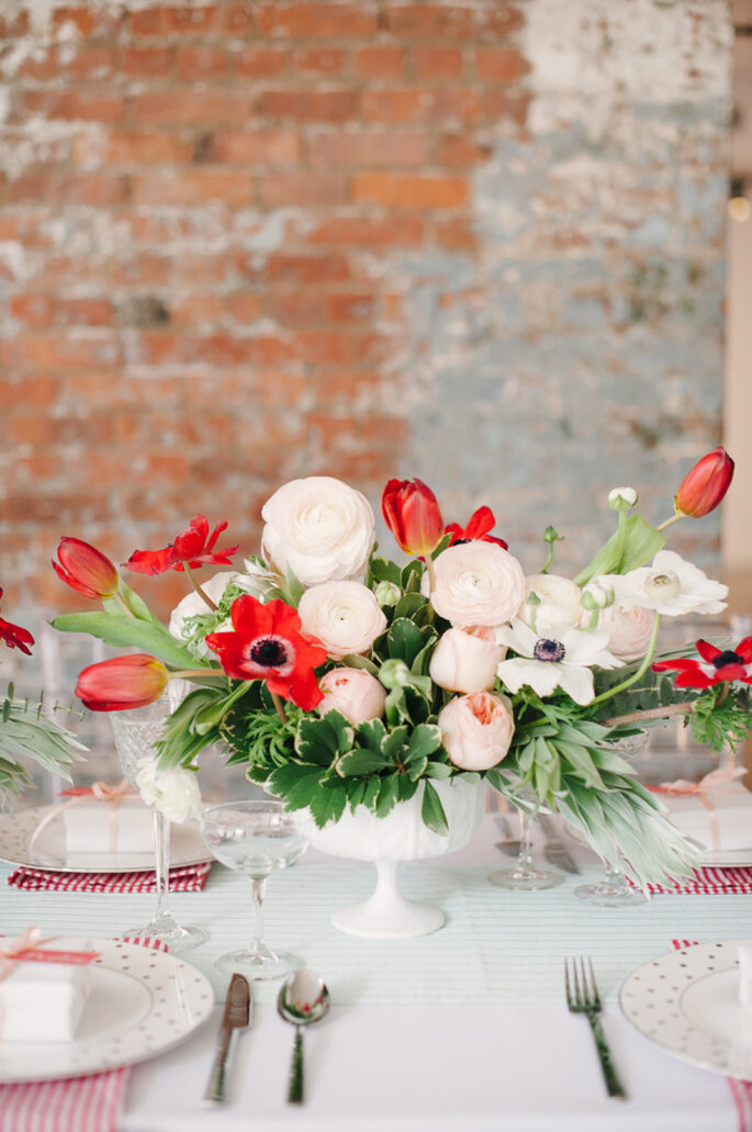 decoración con tulipanes - Brklyn View Photography