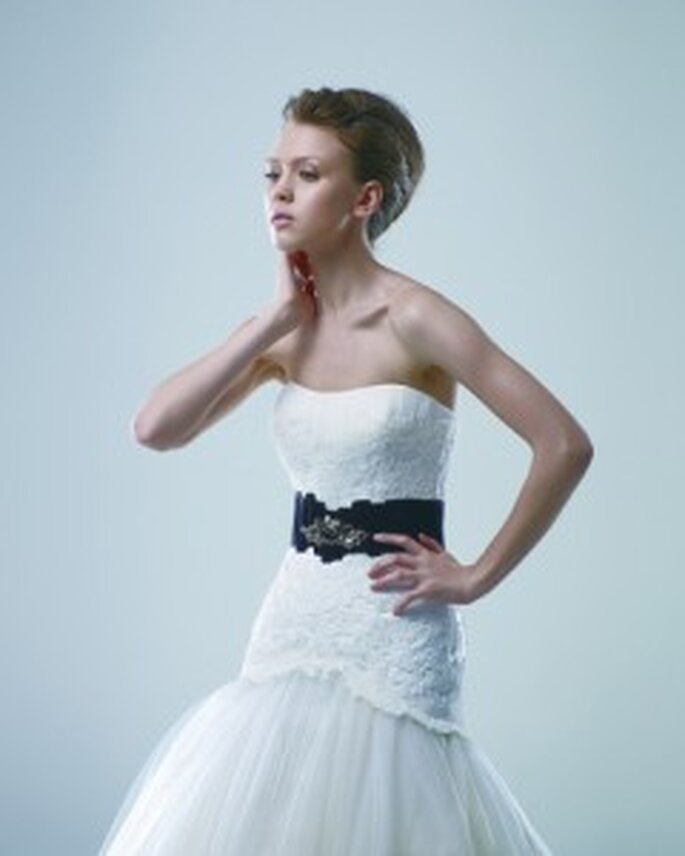 Brautmode von Modeca Kollektion 2011