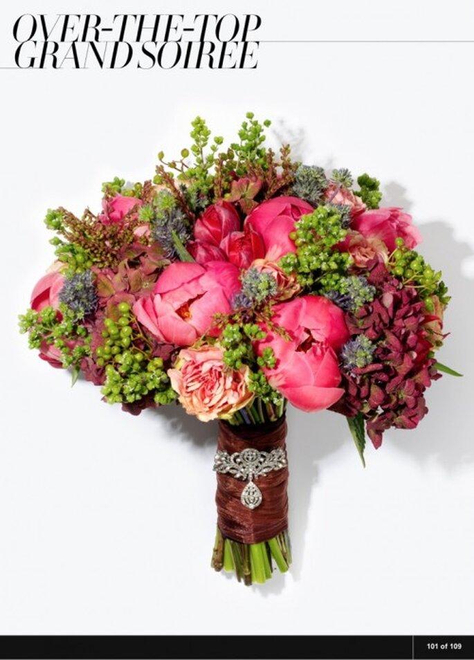 Vogue.com: Flores da Plaza Flowers e joia da Three Graces