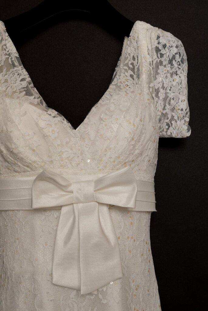 2d931e5e9d633 La Teinturerie   LE pressing à Paris où faire nettoyer votre robe de ...