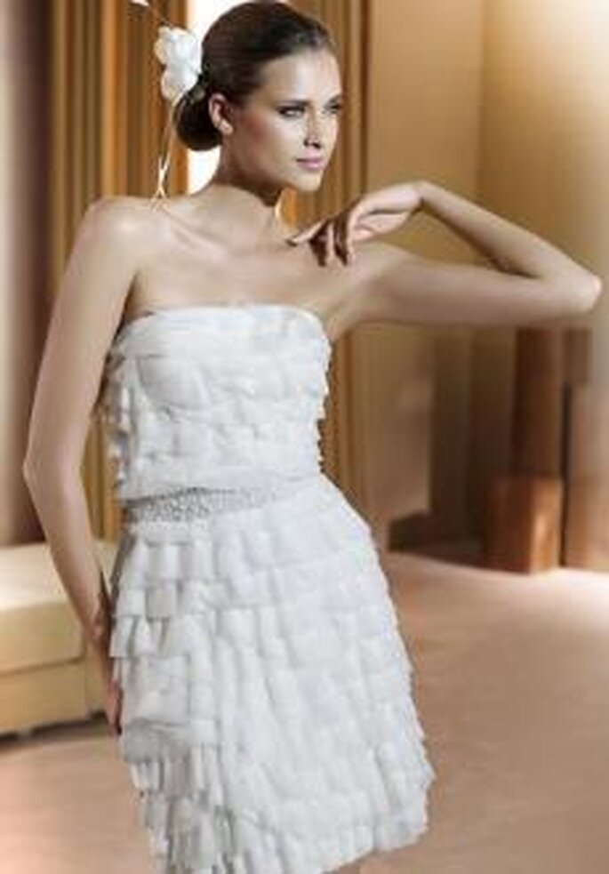Colección de vestidos de novias cortos Pronovias 2011