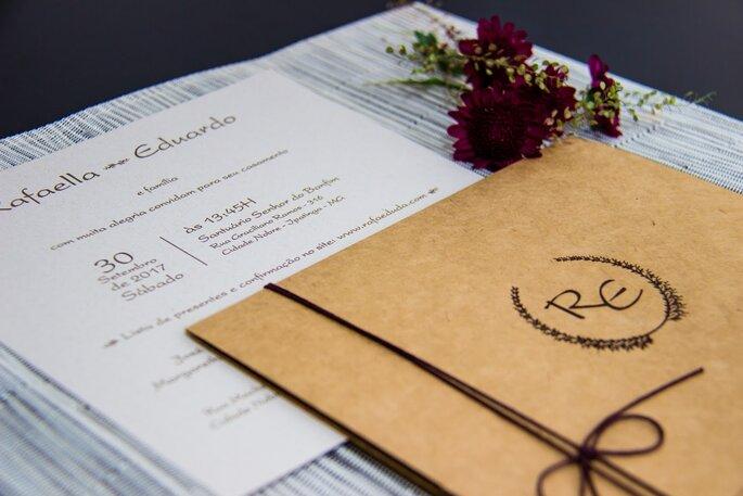 Dê o tom da festa com um convite personalizado