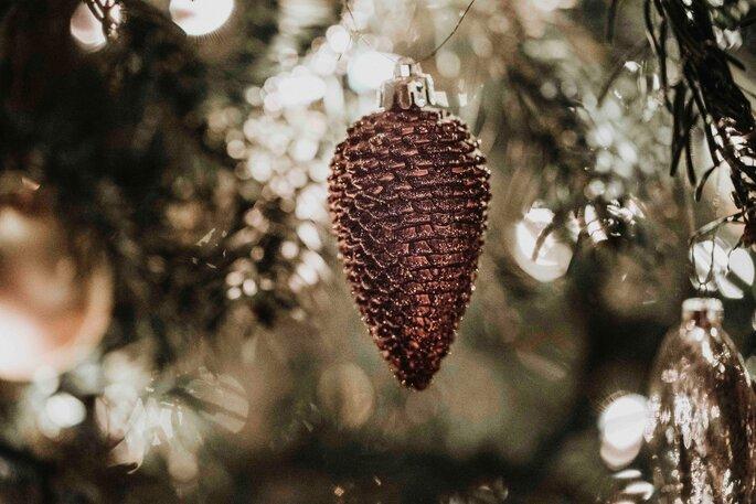Weihnachtskugel Tannenzapfen