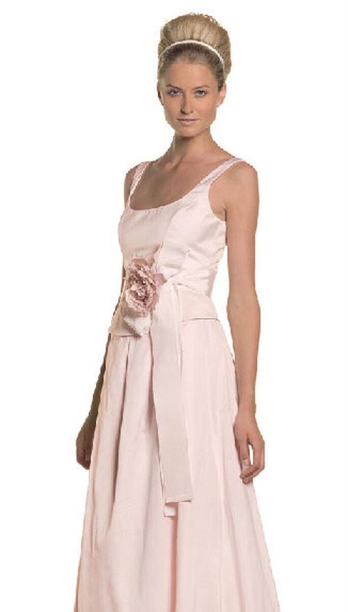 Istria, abito 2 pezzi rosa con gonna luinga e top, nastro in vita e rosa