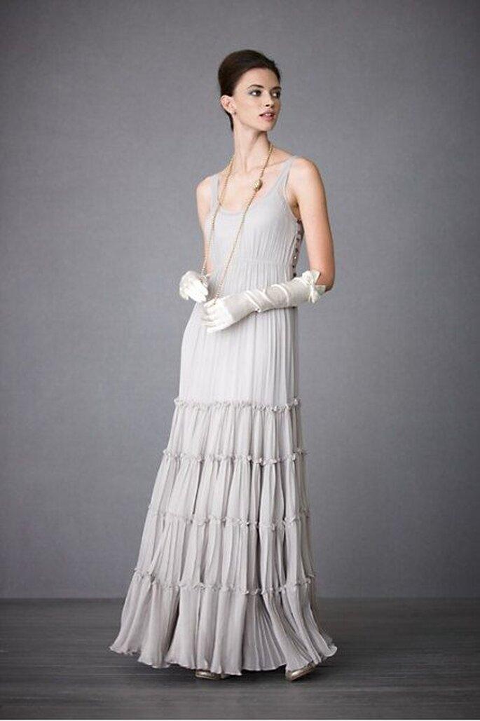 Lange Brautschuhe zum langen Brautkleid – Foto: bhldn