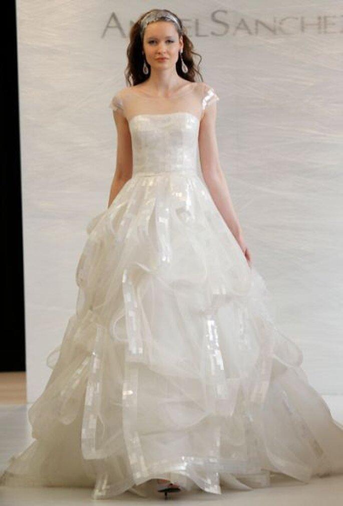 Brautkleid 2013 Angel Sanchez