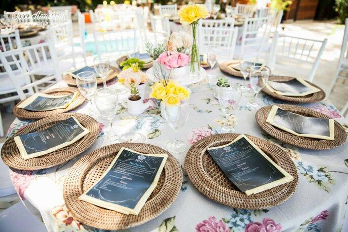 Hochzeits-Menükarten für die perfekte Tischdekoration Foto: Gabi Amorim from Cetim