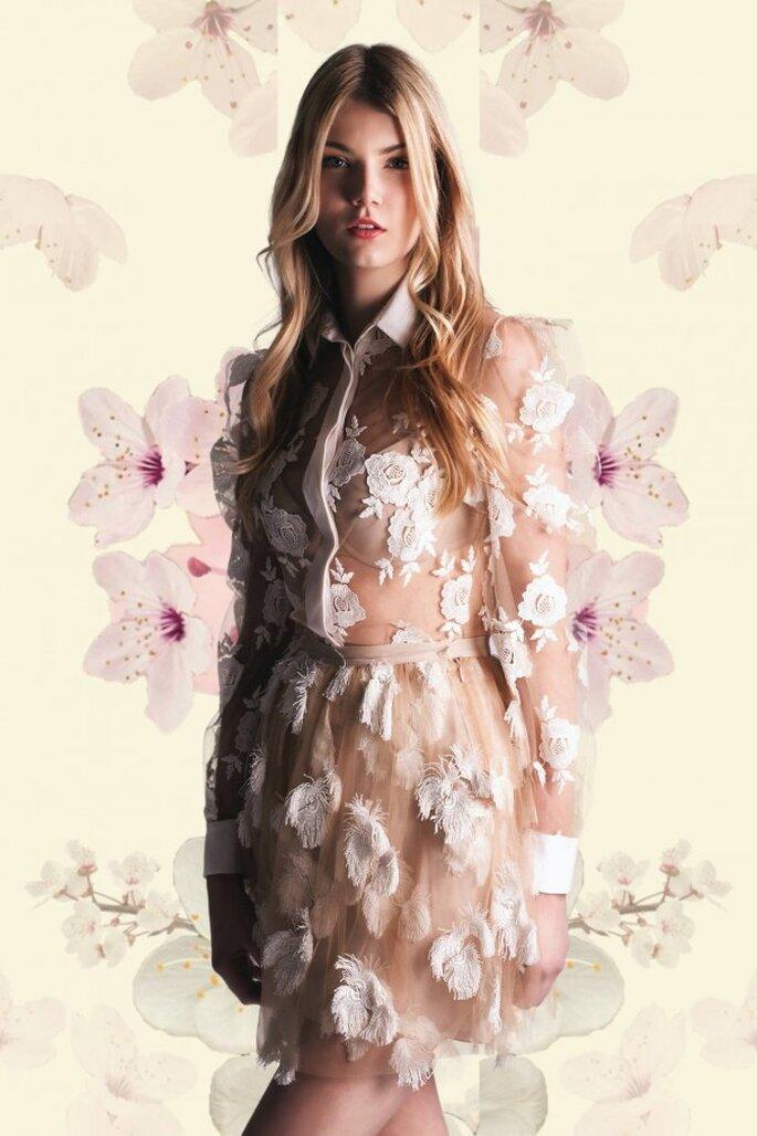 Vestidos de novia 2015 con cuellos camiseros - Foto Blumarine