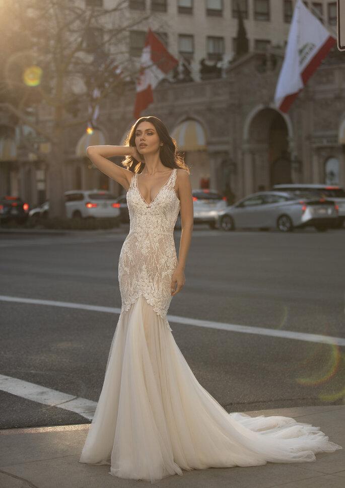 Vestido de noiva da coleção Pronovias 2021 Cruise corte sereia