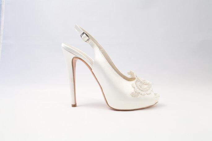 Partecipa anche tu al contest Nicole Spose: IN PALIO un paio di scarpe da sposa della collezione Alessandra Rinaudo Luxury Shoes Collection