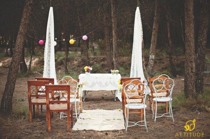 Eine Hippie-Hochzeit ist besonders im Freien authentisch – Foto: attitude