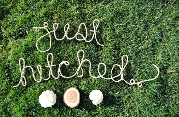 Las palabras escritas con cuerda dan un toque rústico. Foto: Wednesday.