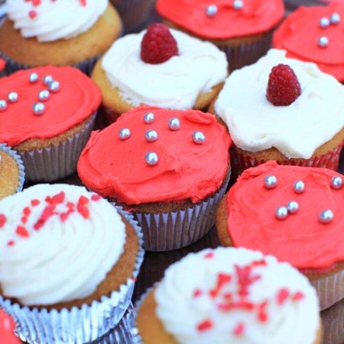 Kulinarische Erinnerung: eine Box mit Hochzeits-Muffins – Foto: bestshot